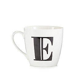 Debenhams - White 'E' alphabet mug
