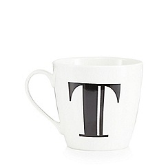 Debenhams - White 'T' alphabet mug
