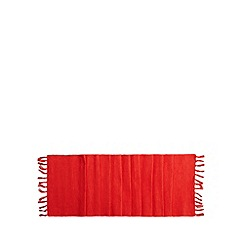 Home Collection Basics - Red ribbed tassel runner
