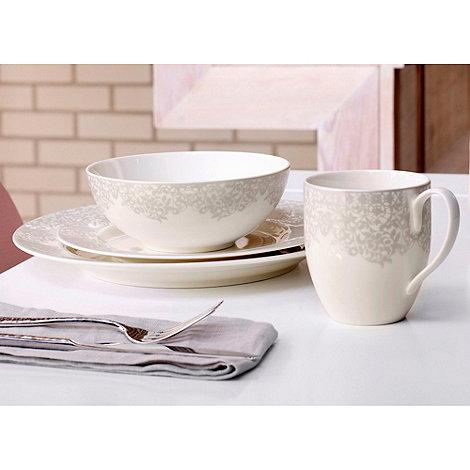 Denby - +Monsoon Filigree Silver+ 16 piece dinnerware set