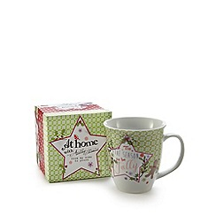 At home with Ashley Thomas - Green Christmas holly and heart mug with gift box