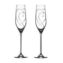 Royal Doulton - Set of 2 crystalline 'Promises Two Hearts Entwined' champagne flutes