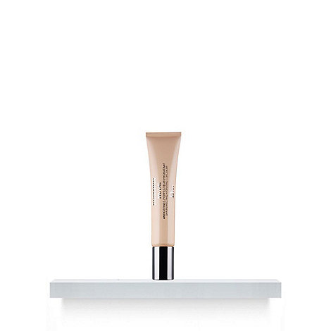 DIOR - Diorskin Nude® - Skin-Perfecting Hydrating Concealer