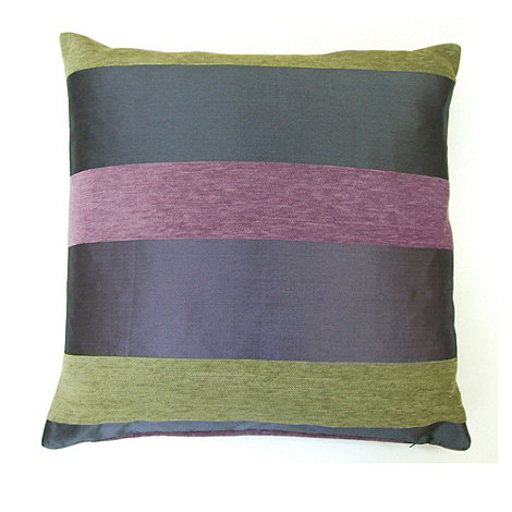 Montgomery - Aubergine +Casino+ cushion cover
