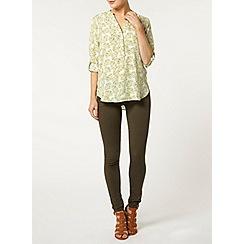 Dorothy Perkins - Green palm leaf rollsleeve shirt