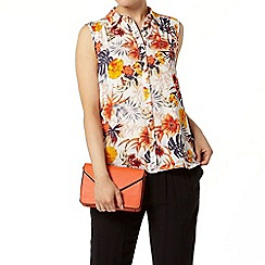 Dorothy Perkins - Ivory tropical sleeveless shirt
