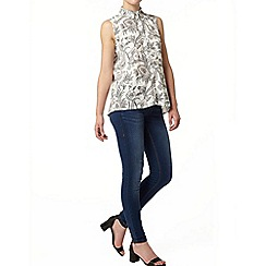 Dorothy Perkins - Apricot paisley sleeveless shirt