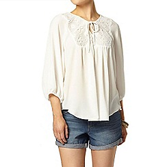 Dorothy Perkins - Ivory popcorn lace top