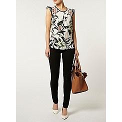 Dorothy Perkins - White tropical print t-shirt