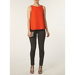 Dorothy Perkins - Red v back sleeveless top