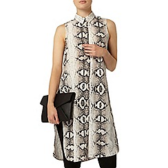 Dorothy Perkins - Snake print sleeveless shirt