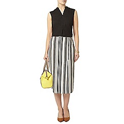 Dorothy Perkins - Black sleeveless shirt
