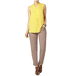 Dorothy Perkins - Yellow sleeveless shirt