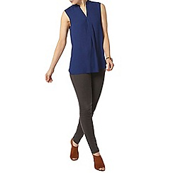 Dorothy Perkins - Navy sleeveless shirt