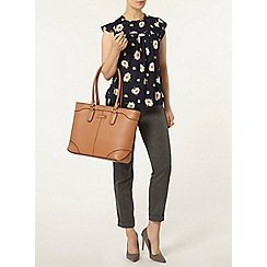 Dorothy Perkins - Navy daisy soft t-shirt