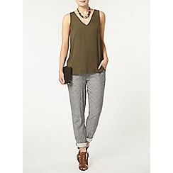 Dorothy Perkins - Khaki v neck shell top