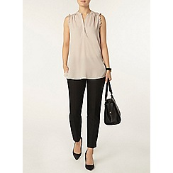 Dorothy Perkins - Frill sleeve sleeveless shirt