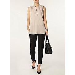 Dorothy Perkins - Frill sleeve sleeveless shirt