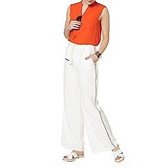 Dorothy Perkins - Red sleeveless shirt