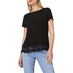 Dorothy Perkins - Black crochet hem t-shirt