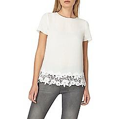 Dorothy Perkins - Ivory crochet hem t-shirt