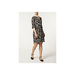 Dorothy Perkins - Leaf printed shirt dress