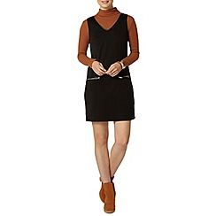 Dorothy Perkins - Black v neck pinny dress