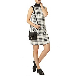 Dorothy Perkins - Black and white check pinny