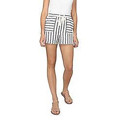 Dorothy Perkins - Tall striped linen shorts