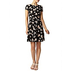Dorothy Perkins - Billie and blossom: black and cream floral dress