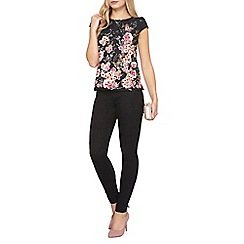 Dorothy Perkins - Billie and blossom dark floral shell top