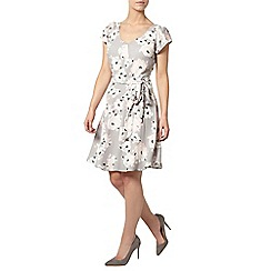 Dorothy Perkins - Billie petites grey floral v neck dress