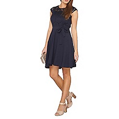 Dorothy Perkins - Billie and blossom petite navy lace dress
