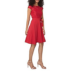 Dorothy Perkins - Billie and Blossom raspberry lace dress