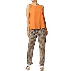 Dorothy Perkins - Tan diamond print jogger