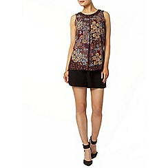Dorothy Perkins - Black spun short
