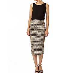 Dorothy Perkins - Tan and black zig zag knit pencil skirt