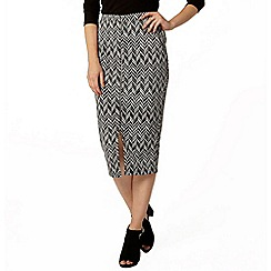 Dorothy Perkins - Zip front chevron tube skirt