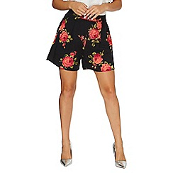 Dorothy Perkins - Black rose print shorts