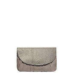 Dorothy Perkins - Grey pleat curve clutch bag
