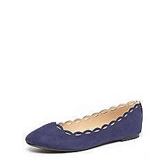 Dorothy Perkins - Navy postie scallop pumps