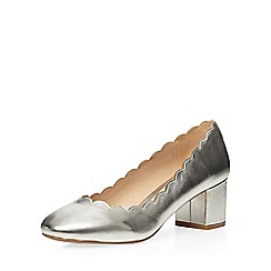 Dorothy Perkins - Silver 'destiny' scalloped court shoes
