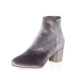 Dorothy Perkins - Grey velvet a-lister boots