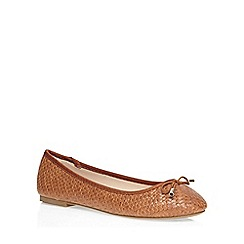 Dorothy Perkins - Tan 'hint' woven pumps