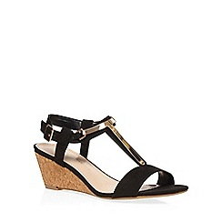 Dorothy Perkins - Black ventra t bar wedges