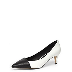 Dorothy Perkins - Black and white kitten heels