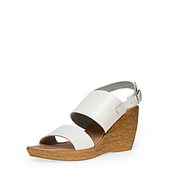 Dorothy Perkins - White two part strap wedges