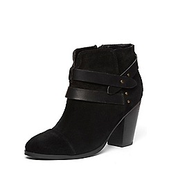 Dorothy Perkins - Black leather ankle boots