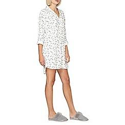 Dorothy Perkins - Feather nightshirt