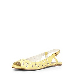 Dorothy Perkins - Wide fit yellow slingback pump